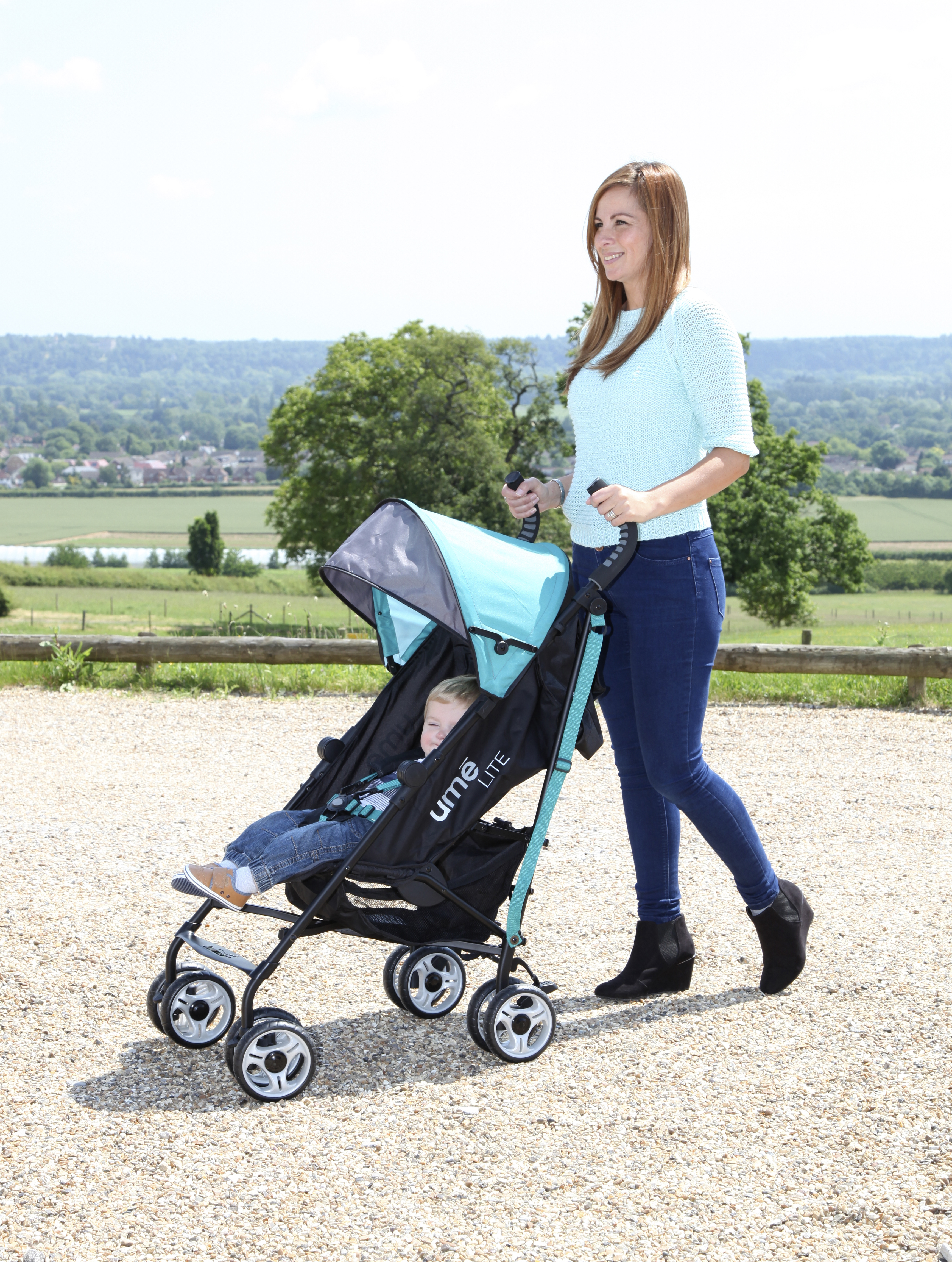 Win a UME Lite Stroller from Summer Infant