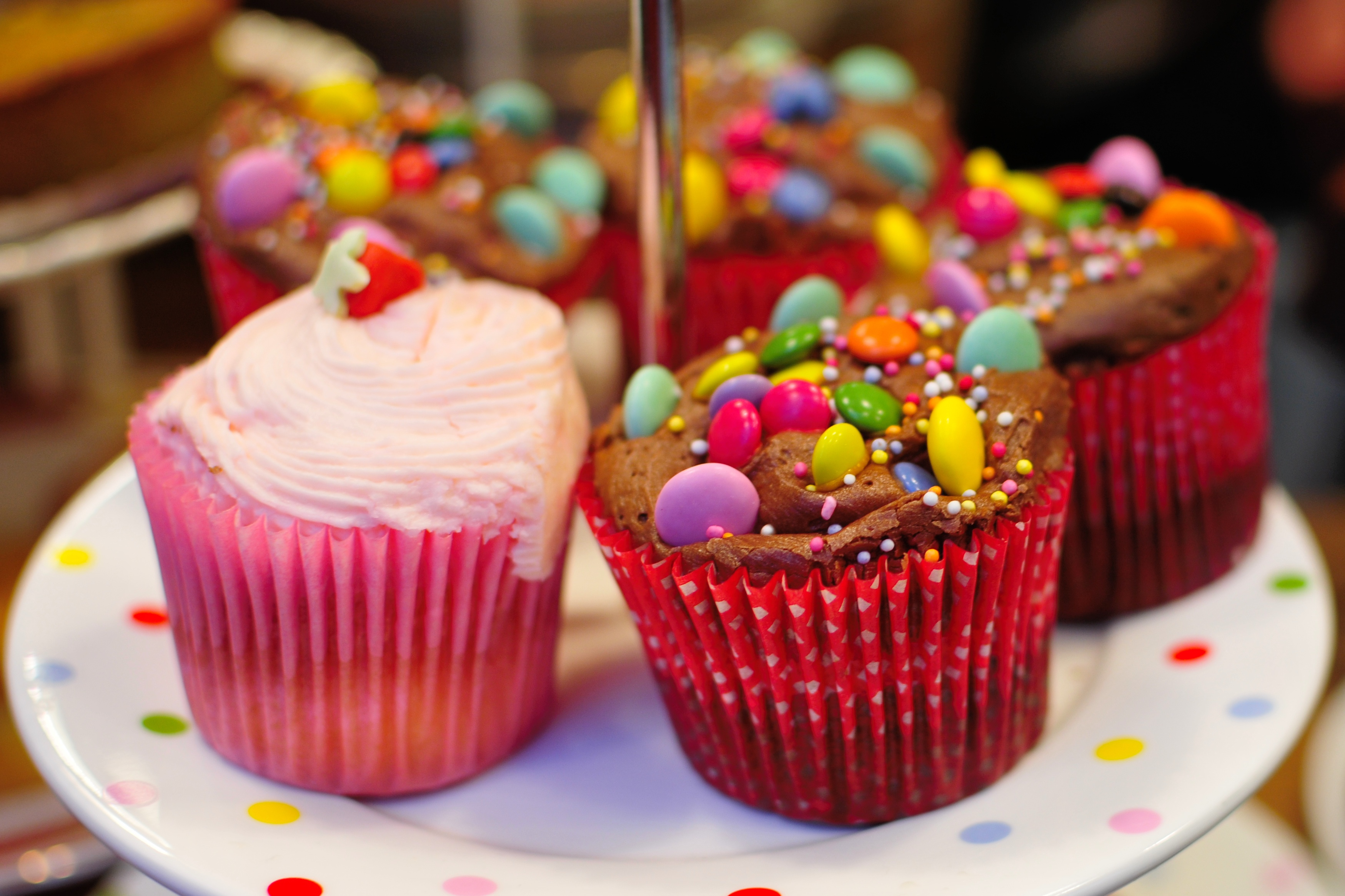 10 tips for stress-free baking with children