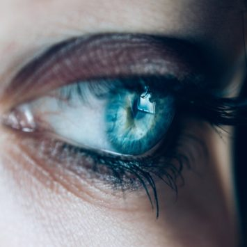 Preparing to visit the optician; 7 questions to ask your eye care specialist