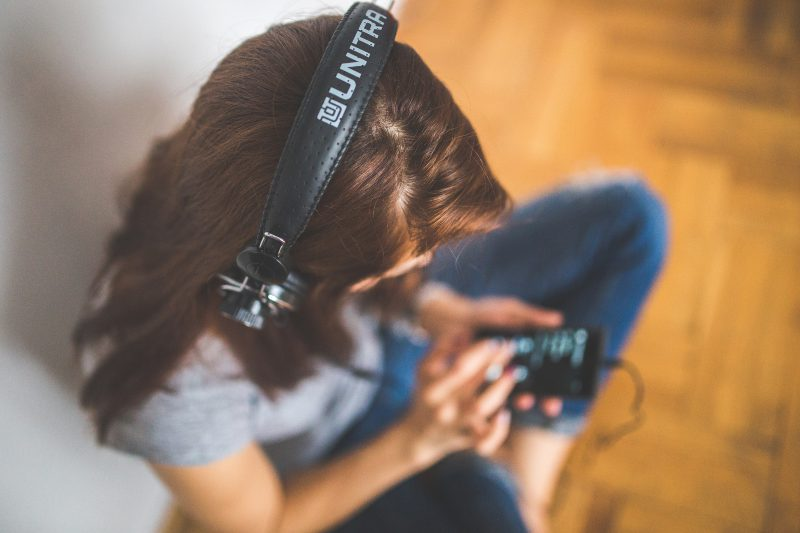 Inspiring parenting podcasts to listen to